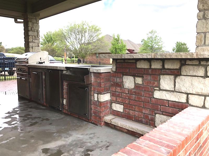 stone brick kitchen bar green okie. Black Bedroom Furniture Sets. Home Design Ideas